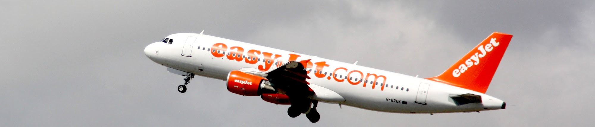 Best time to book flights for London (LGW) to Malaga (AGP) flights with EasyJet at AirHint